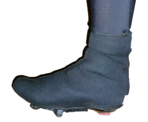 Call 'em what you like: cycling booties, overshoes, shoe covers – they keep you warm